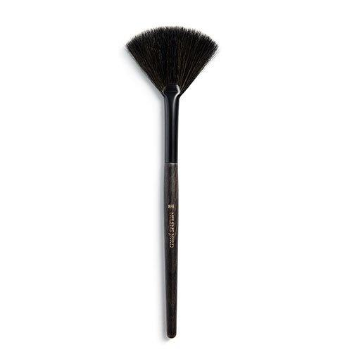 Nilens Jord Brush Fan 888 Pure Collection - 1 stk